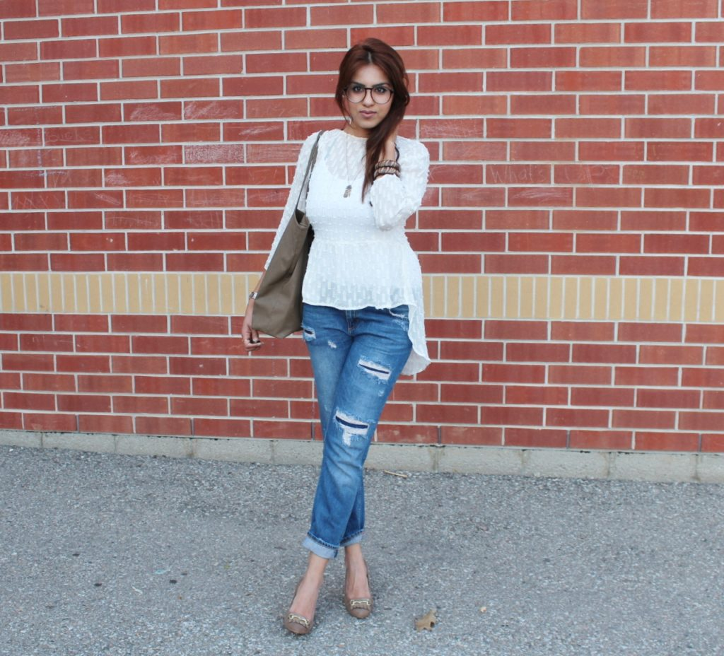 ripped jeans ootd